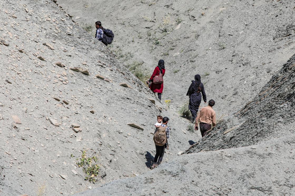 The Economist, Türkiye'ye Ulaşan Afgan Göçmenleri Yazdı: 'Avrupaya Ulaşmanın Yollarını Arıyorlar'