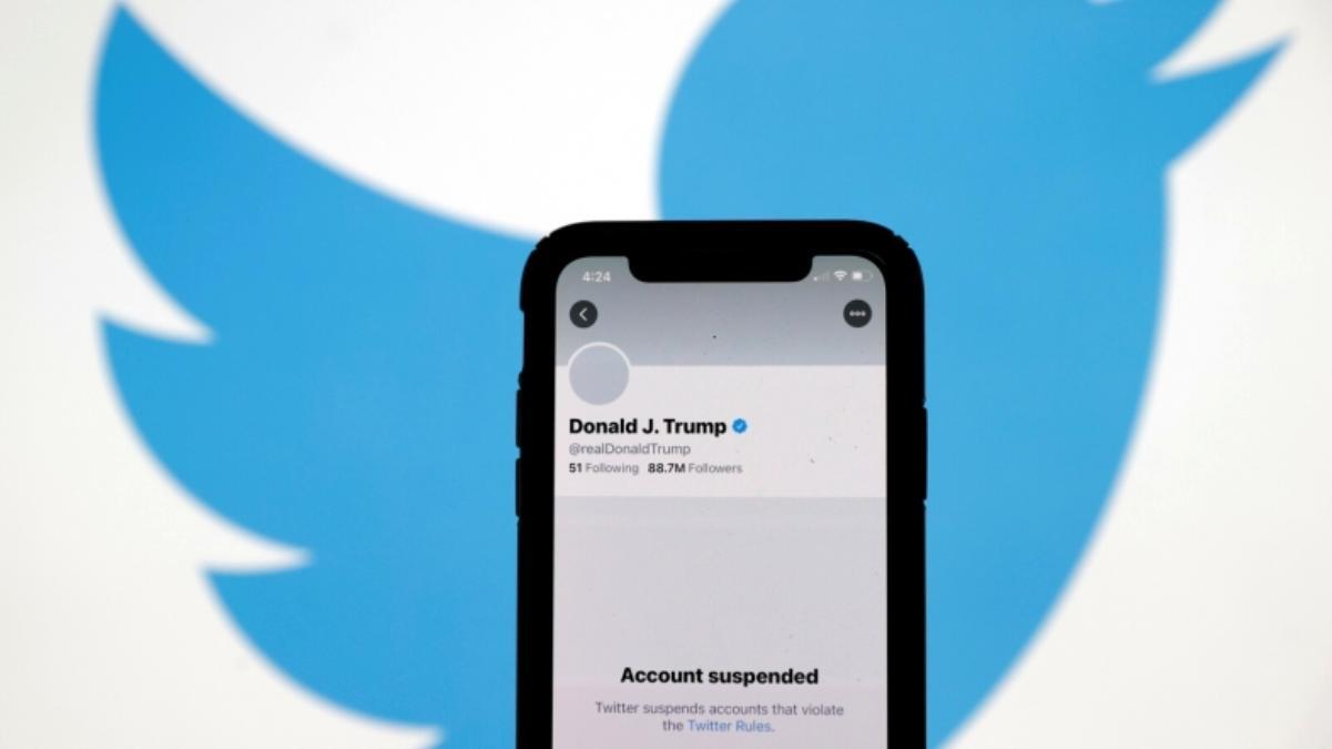 Trump, Twitter Hesabını Açtırmak İçin Dava Açtı