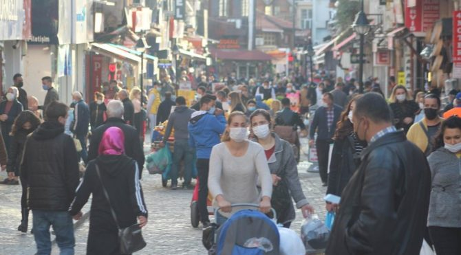 Üç kentte corona virüsü artışı Türkiye ortalamasının iki katı