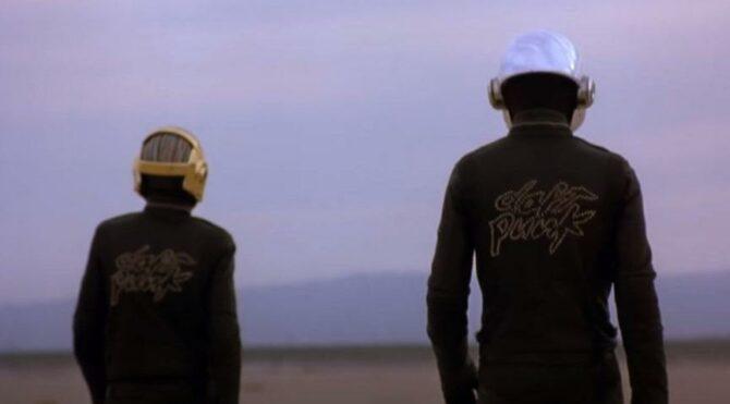 Ünlü müzik grubu Daft Punk dağıldı