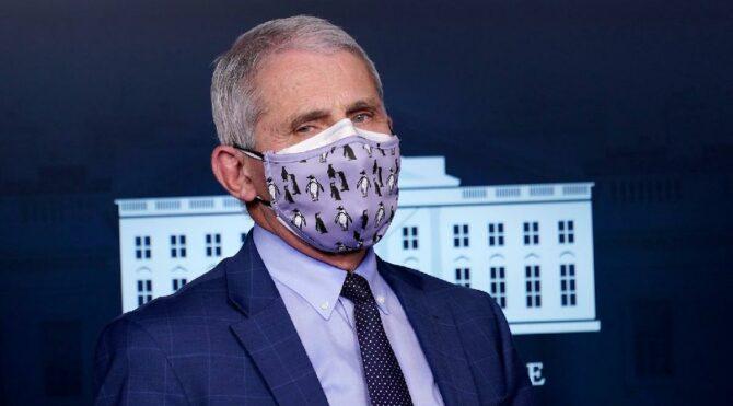 Uzmanlar çift kat formülünü açıkladı: Cerrahi maskenin üzerine kumaş maske