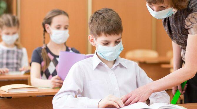 Uzmanlar korkuttu: Delta varyantı çocuklarda ölümcül virüsü tetikleyecek