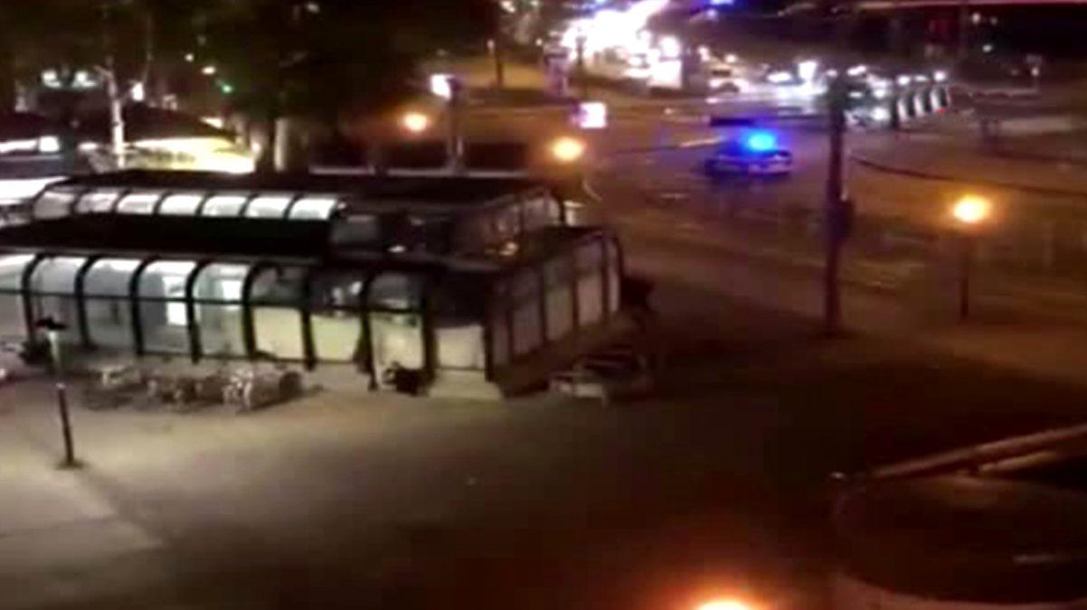 Viyana'da sinagog yakınlarında silahlı saldırı! 7 kişi yaşamını yitirdi