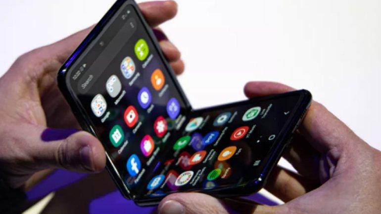 Xiaomi, Galaxy Z Flip'ten esinlendi