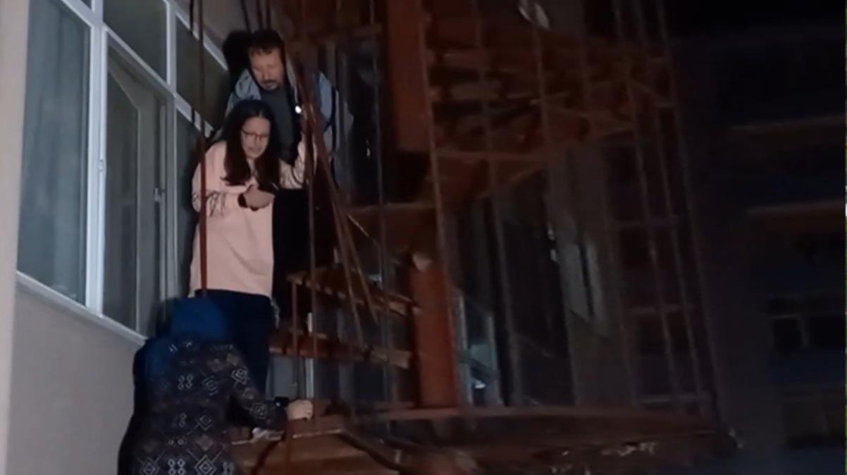 Yangın çıkan apartmanda can pazarı! Kaçış merdiveni kilitli olunca, vatandaşlar mahsur kaldı