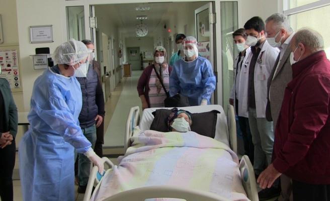 102 yaşına rağmen Korona virüsü yendi