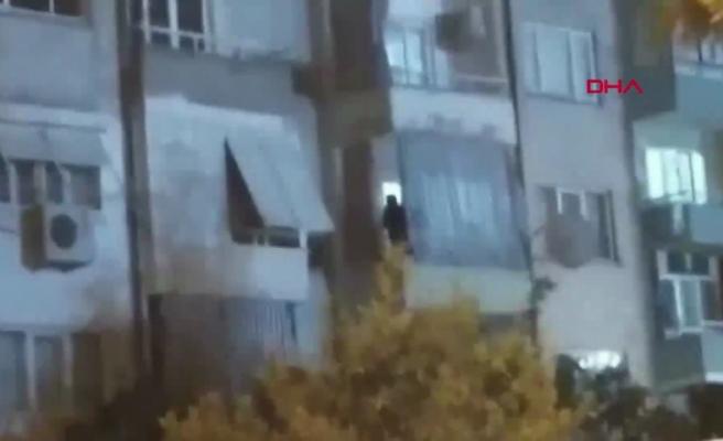 11 Yaşındaki Oğlunu Oklavayla Dövdüğü Anlar Kamerada: 'Baba Vurma' Çığlıkları Mahallede Yankılandı