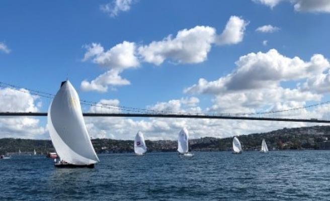 14:26 - 18'İnci Turkcell Platinum Bosphorus Cup Başladı - İstanbul / Adalar