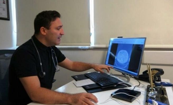 14 binin üzerinde Covid hastasını iyileştiren profesörden çarpıcı aşı açıklaması