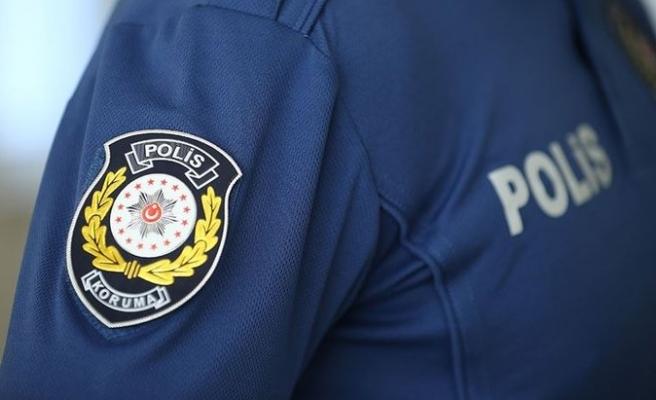 155'e Gelen İhbarla Polisin İlişkisi Ortaya Çıktı! 'Öpücük' Rüşvet Sayıldı