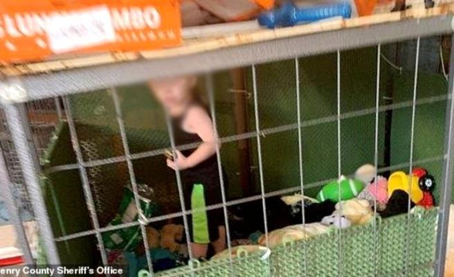 18 aylık çocuğu hamam böcekleriyle aynı kafeste yatıran aile: Kafes evimizden daha temiz