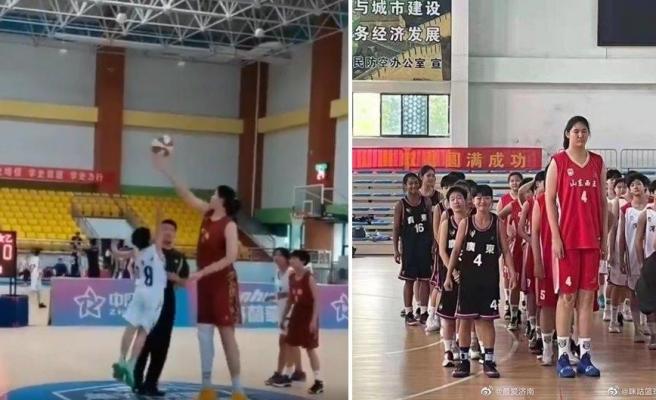 2 Metre 26 Santim Boyu ile Akranlarına Oldukça Zor Anlar Yaşatan 14 Yaşındaki Basketbolcu
