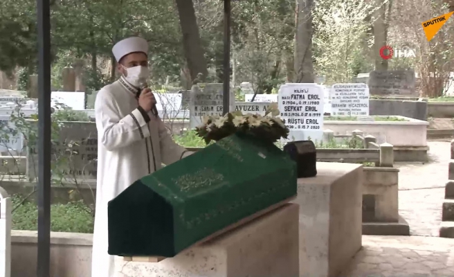 20 Yıl Önceki Borcundan Dolayı Ölen Kişiye Cenaze Namazında Hakkını Helal Etmeyen Vatandaş
