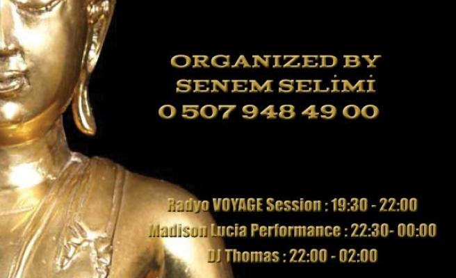 Senem Selimi'den Çok Özel Bir Parti!