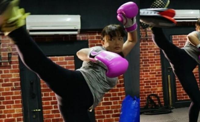Nurgül Yeşilçay kick boks'a başladı