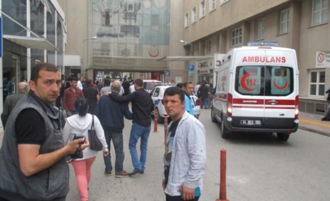 Hastane önünde dehşet: 2 ölü