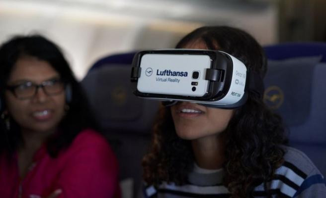 Uçakta VR seyahati