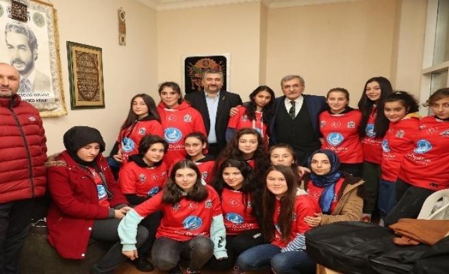 Beykoz Belediye Başkan adayı Aydın'dan vatandaşlara ve derneklere ziyaret
