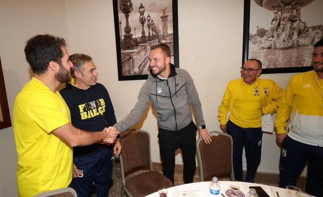Michal Kadlec eski takımı Fenerbahçeyi ziyaret etti