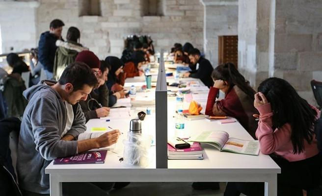 Üniversitede Vahim Tablo: Son 5 Yılda 1.1 Milyon Öğrenci Okulunu Bıraktı