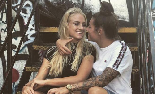 Eşcinsel çift, sahalarda birbirlerine rakip: Alisha Lehmann ve