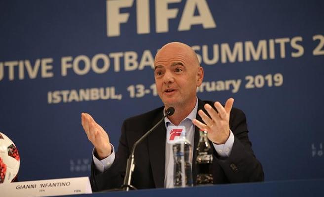 FIFA Başkanı Infantino: Eskiden hakemlerin suçuydu şimdi VARın