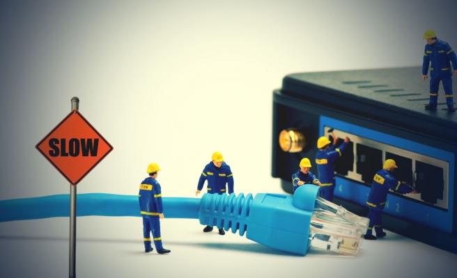 Türk Telekom Yeni Tarifelerini BTK'ya Sundu: 'Artık Kota Aşımında İnternet Yavaşlamayacak, Kesilecek'