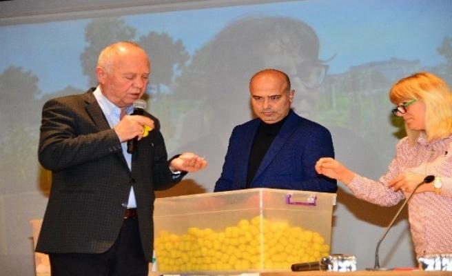 Beylikdüzü Belediyesi Hobi Bahçeleri'nde kura heyecanı yaşandı