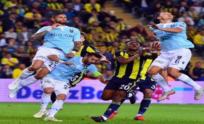 Fenerbahçe, Başakşehir karşısında galibiyet arıyor