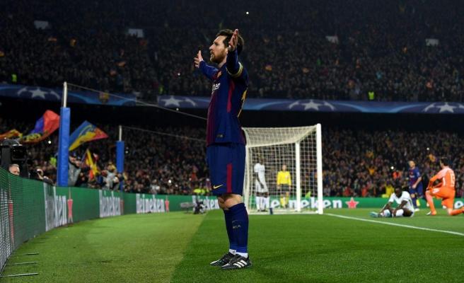 Messi, Barçayı taşıdı Ronaldoya cevap verdi!