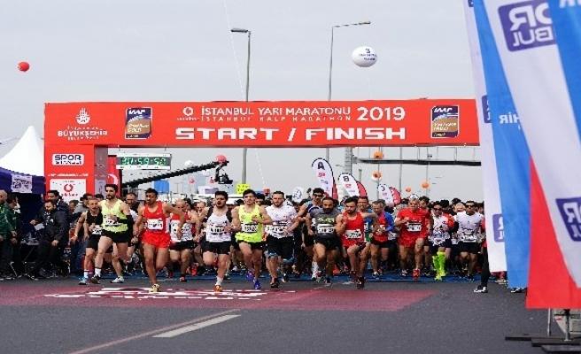 Vodafone İstanbul 14. Yarı Maratonu'na Kenya damgası