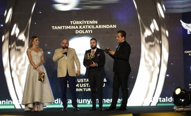 Türkiye'nin tanıtımına katkılarından dolayı: Lobin Turkey seçildi.