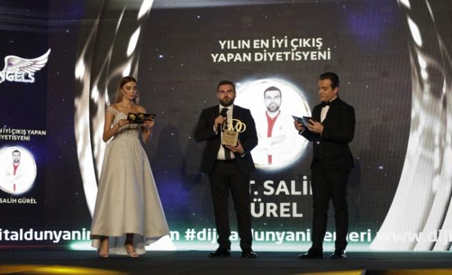 Yılın en iyi çıkış yapan diyetisyeni: Dyt. Salih Gürel seçildi.