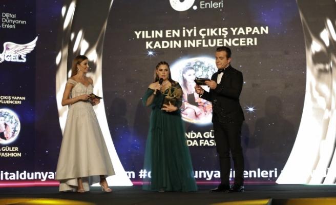 Yılın en iyi çıkış yapan kadın influencerı: Funda Güler & Funda Fashion seçildi.