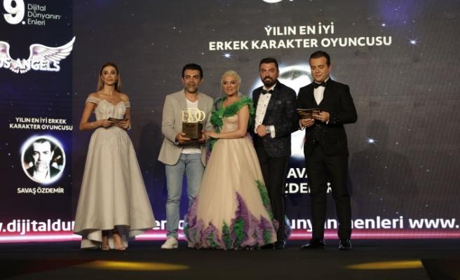 Yılın en iyi erkek karakter oyuncusu: Savaş Özdemir seçildi.