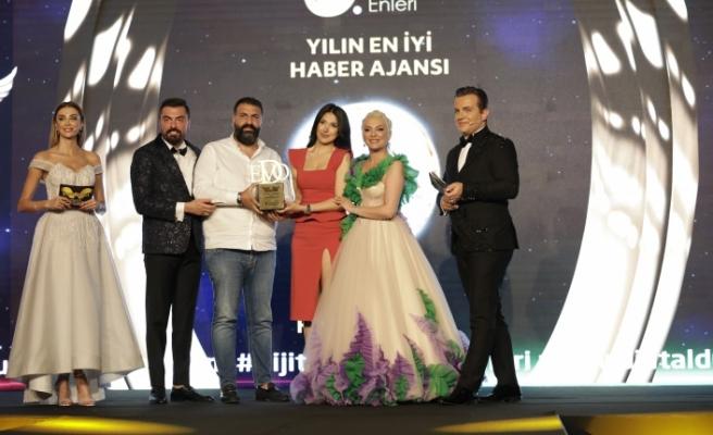 Yılın en iyi haber ajansı: DHA / Demirören Haber Ajansı seçildi.