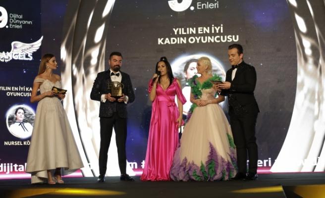 Yılın en iyi kadın oyuncusu: Nursel Köse seçildi.