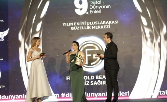 Yılın en iyi uluslararası güzellik merkezi: Filiz Gold Beauty / Filiz Sağır seçildi.