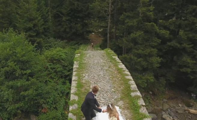 Evli Çiftlere Köpek Saldırısı Şoku!