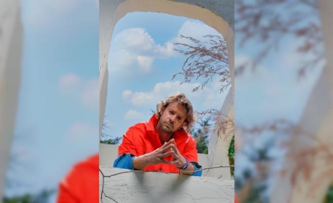 Kapak Röportajımız, Yakışıklı Oyuncu Ahmet Kayakesen ile Mükemmel Kareler Sizleri Bekliyor!