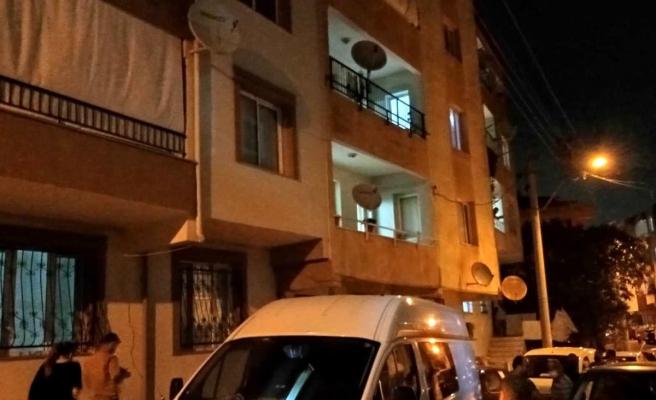 3 çocuk annesi kadın, evine gelen şahsı bıçaklayarak öldürdü