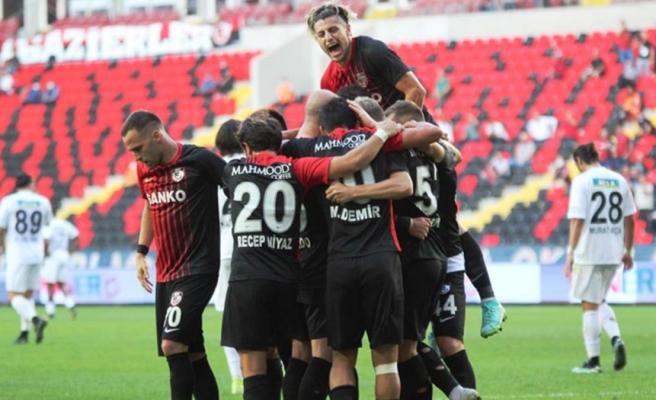 45 dakikada 5 gol! Gaziantep FK, sahasında Altay'ı 4-1 mağlup etti