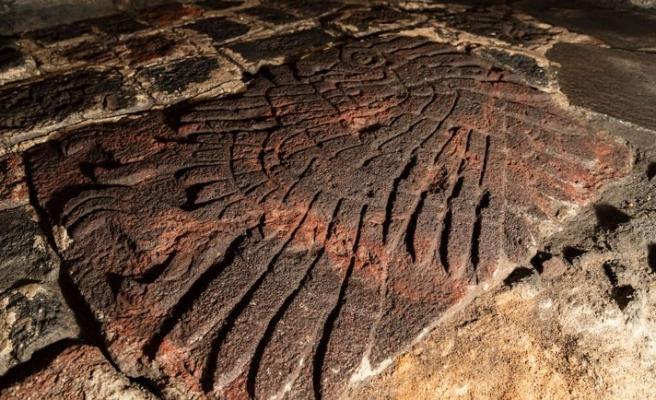 580 yıllık kabartma büyülüyor