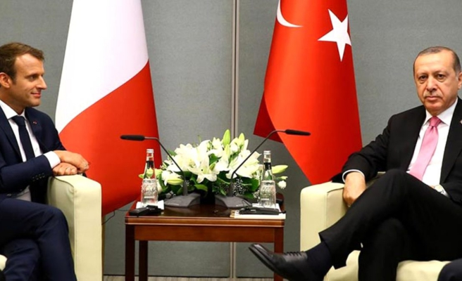 ABD merkezli Bloomberg'den çarpıcı Türkiye-Fransa analizi: Macron ya çıtayı yükseltmeli ya da susmalı