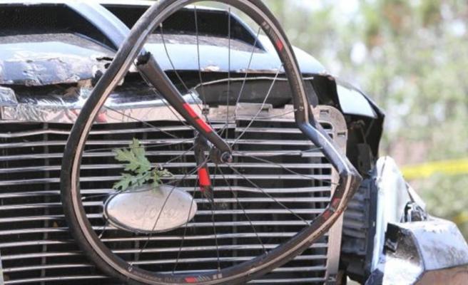 ABD'nin Arizona eyaletinde bir kişi kamyonuyla bisiklet yarışına daldı: 6 yaralı