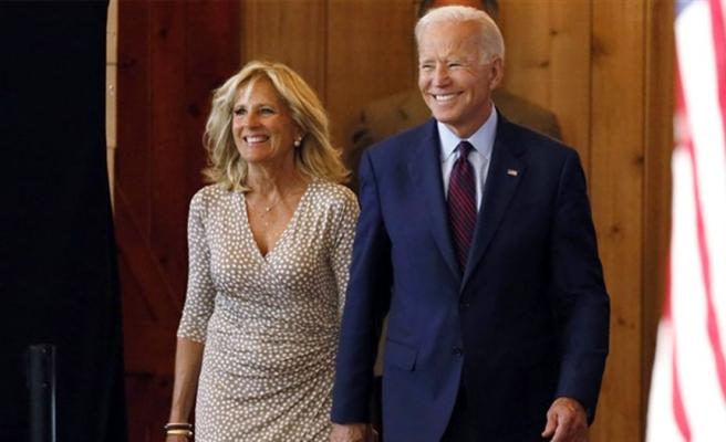 ABD'nin yeni First Lady'si Jill Biden, eğitimci kimliği ile dikkat çekiyor