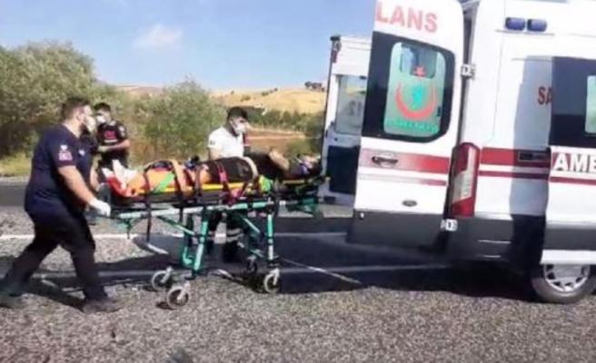 Adıyaman'da otomobiller çarpıştı: 1 ölü, 2 yaralı