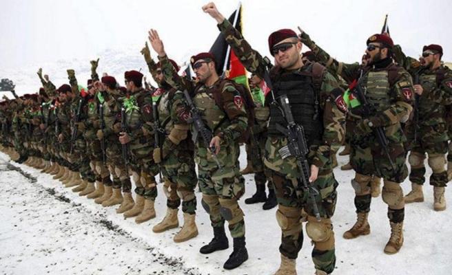 Afganistan ordusu, bir avuç Taliban'a nasıl diz çöktü? Sorunun cevabı hayalet taburlarda gizli