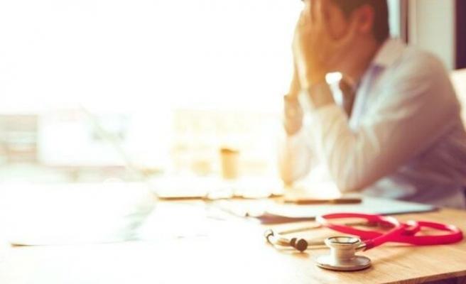 Ağustos ayında 36 sağlık çalışanı şiddete maruz kaldı