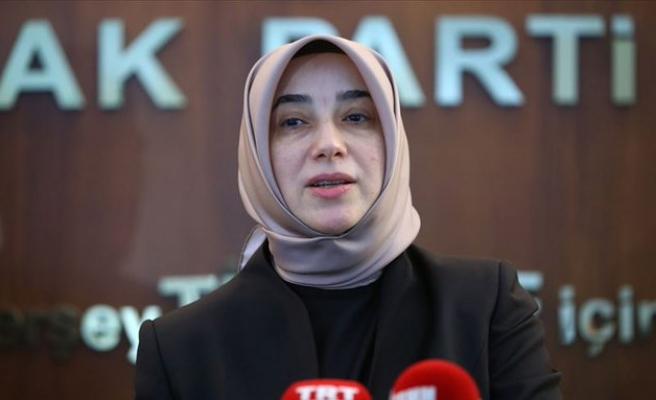 AKP'li Özlem Zengin'e Sosyal Medyada Evlilik Teklifi Eden Adama Cinsel Taciz Davası